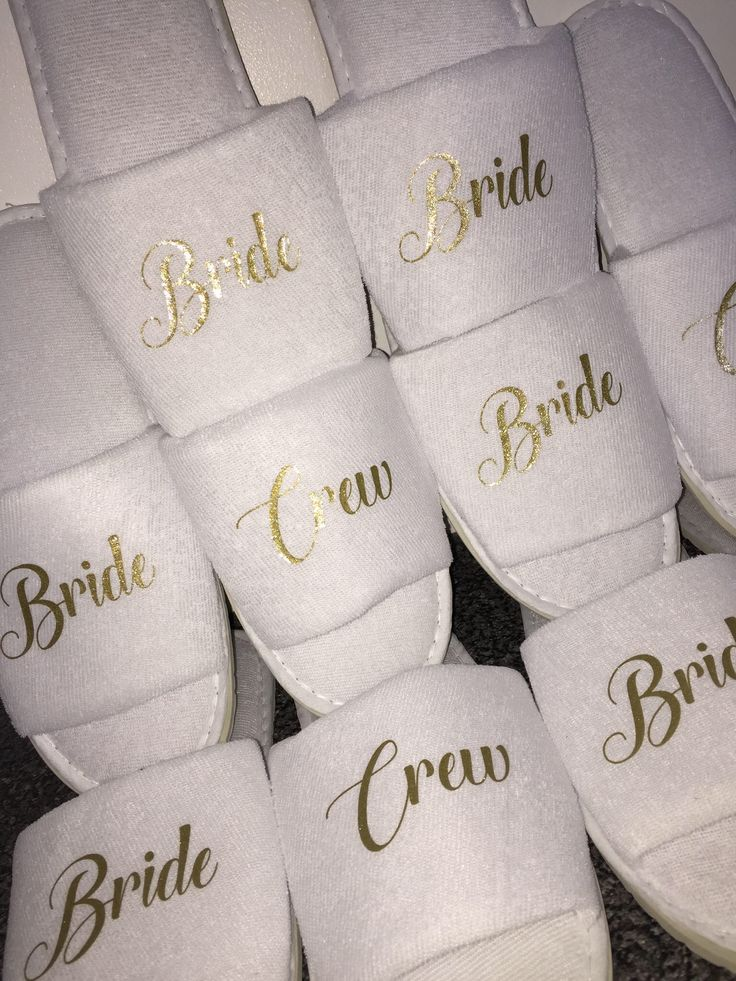 Bride Crew slippers, bridesmaid gift, personalised slippers, bachelorette slippers, Sister of the Groom, mother of the groom, slippers by personaliseddiamante on Etsy https://www.etsy.com/uk/listing/512401582/bride-crew-slippers-bridesmaid-gift