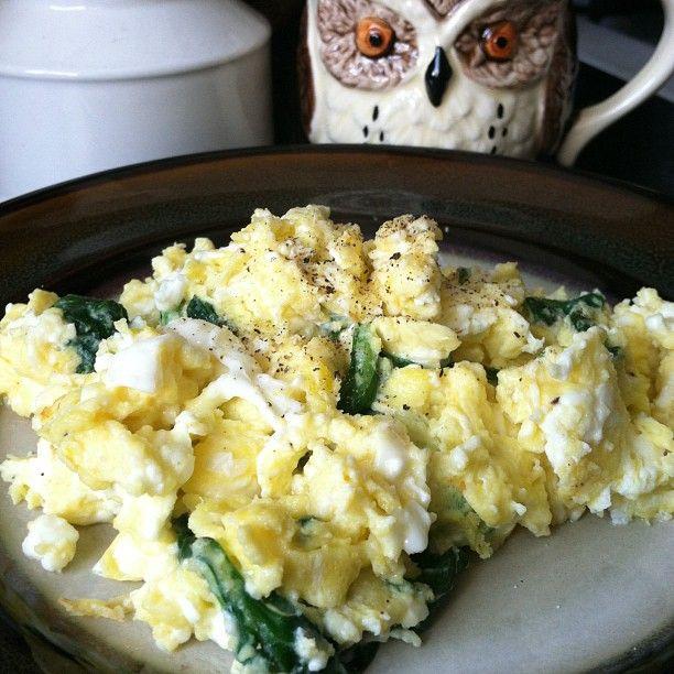 Spinach and Feta Scrambled Eggs
