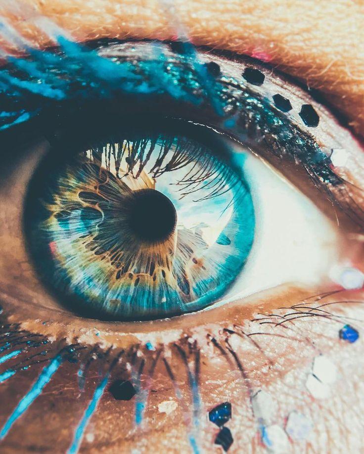 Глаза яркие картинки