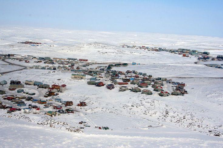 iqaluit nunavut canada map