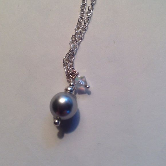 Grey sea pearl and crystal necklace stunning grey sea pearl necklace complimented with a white crystal on a silver chain. GREAT condition!! Jewelry Necklaces
