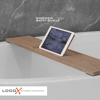Dat kan nu met deze massief eiken badplank. Geborsteld, gekleurd en in 'old grey' geolied. Slim, elegant, praktisch en modern. Door de inleg eenvoudig omhoog te klappen kijk je in bad naar een film op je tablet of lees je ontspannen een boek. De badplank is verkrijgbaar in 2 lengtes en perfect te combineren met onze overige producten in de Wood Collectie. Ook verkrijgbaar met inleg in rvs, mat zwart of antraciet.