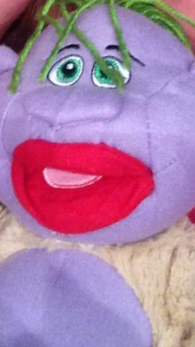 Jeff Dunham last night could resist a peanut doll