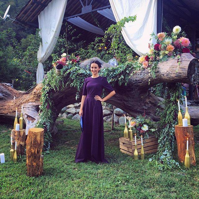 У нас вечеринка в самом разгаре)))) можно начинать #ведингспам  свадьбы Валерии…