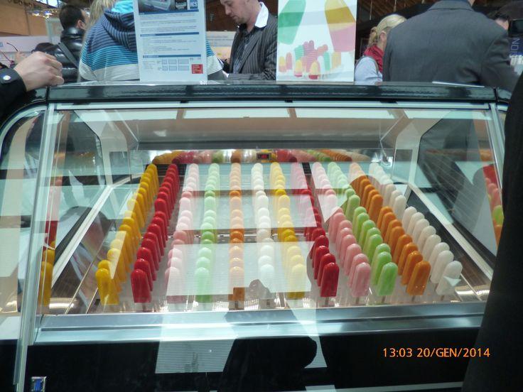 """il gelato a """"stecco"""" (non ghiacciolo) ice cream on stick мороженое на палочке"""