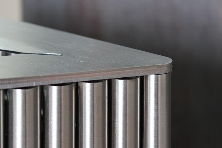 Detalle de nuestra caneca en tubería de Acero Inoxidable 304 ideal para uso exterior.