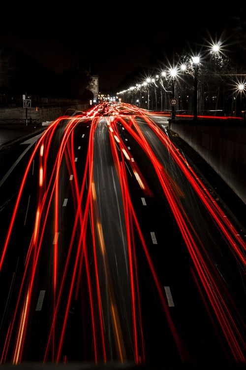 citylights at night by Jeroen Talens © , here repinned via Hansol Kim  Fantastic lighttrail Jeroen Talens captured here, true envy from my side