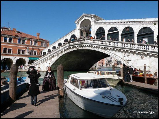 One Day in Venice: Travel Guide on TripAdvisor- Rialto Bridge and market, a beautiful structure and fun place to buy souvenirs