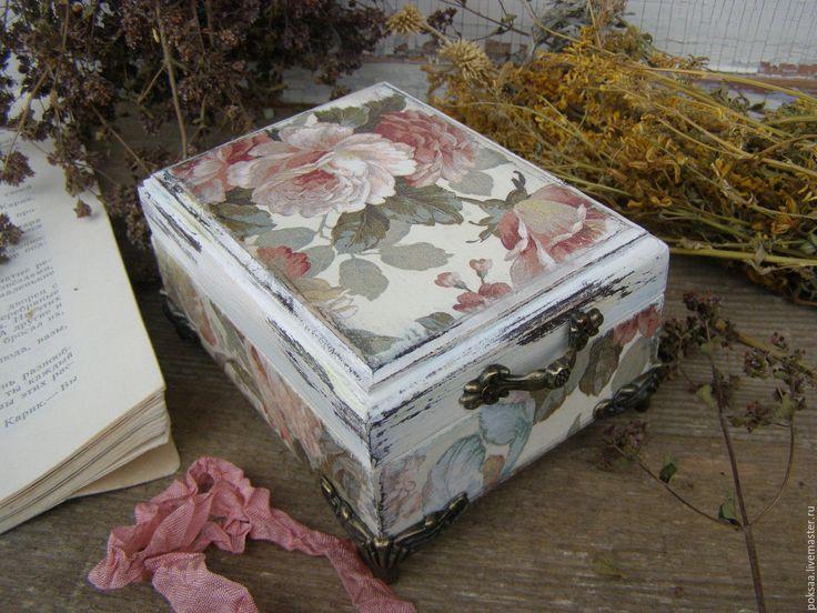 """Купить Шкатулочка """" Старинные розы"""" - комбинированный, шкатулка, шкатулка на ножках, розы, винтаж, розовый"""
