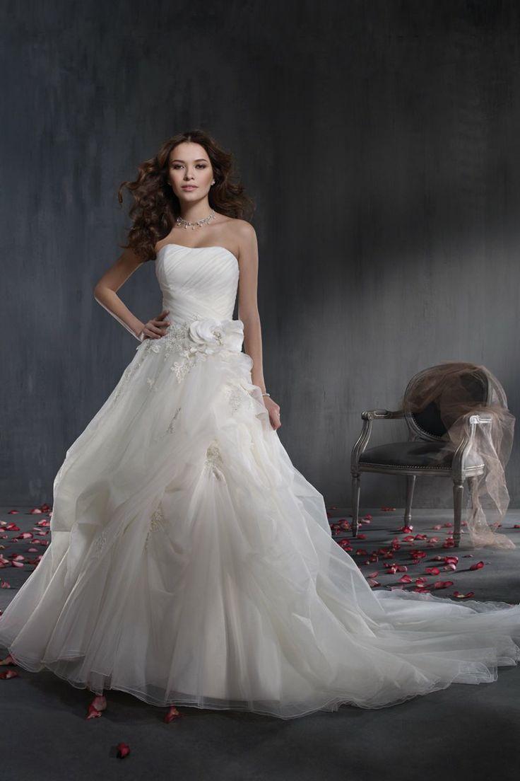42 best Wedding Dresses images on Pinterest | Homecoming dresses ...