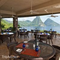 Now $1,480 (Was $̶2̶,̶0̶5̶0̶) on TripAdvisor: Jade Mountain Resort, St. Lucia. See 949 traveler reviews, 2,455 candid photos, and great deals for Jade Mountain Resort, ranked #1 of 11 hotels in St. Lucia and rated 5 of 5 at TripAdvisor.