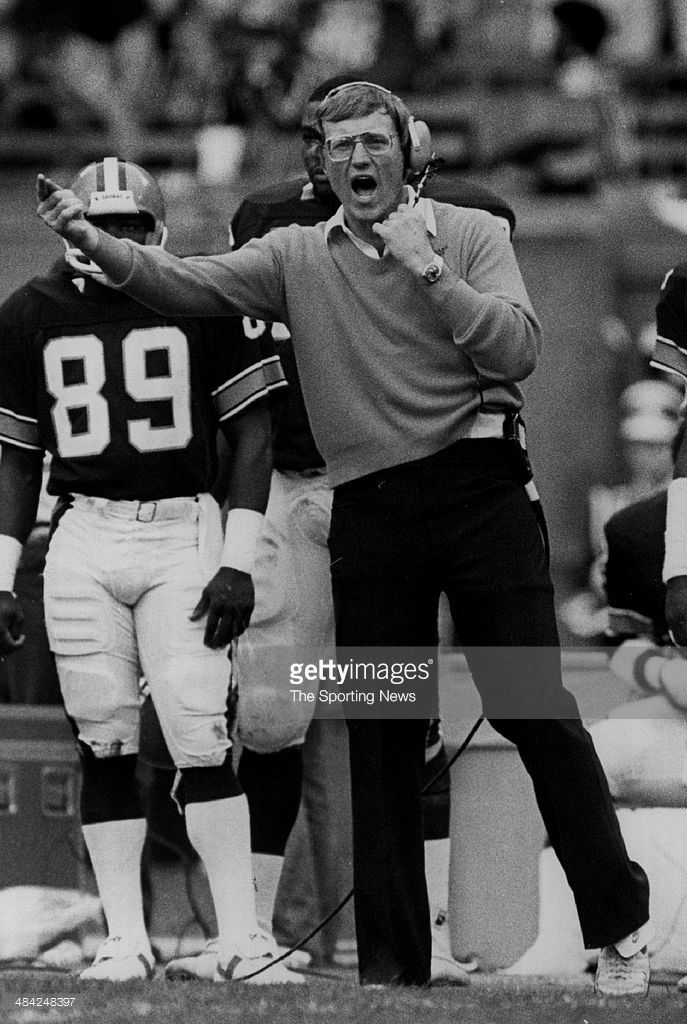 <a gi-track='captionPersonalityLinkClicked' href=/galleries/search?phrase=Marty+Schottenheimer&family=editorial&specificpeople=184515 ng-click='$event.stopPropagation()'>Marty Schottenheimer</a> of the Cleveland Browns yells on the sidelines circa 1980s.