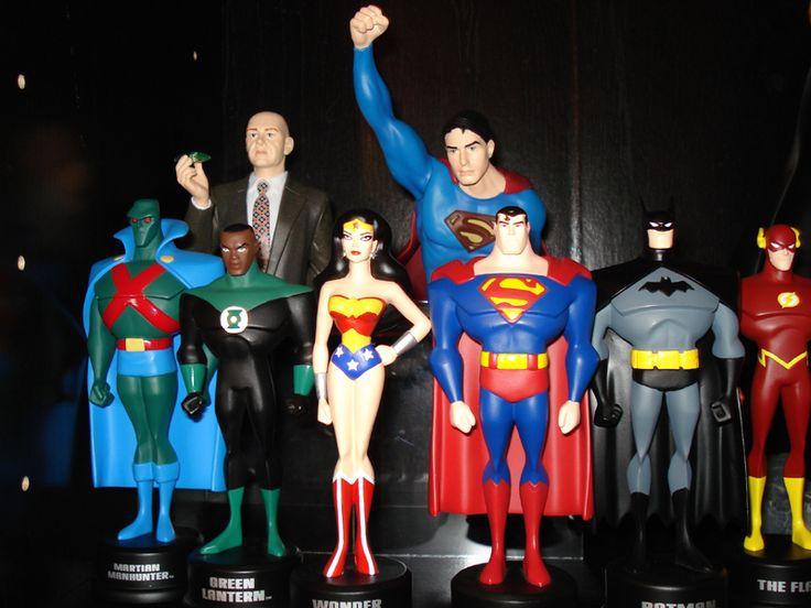 Justice league collector's pieces