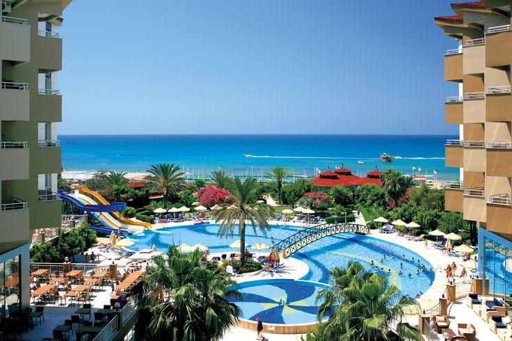 Türkei, Hotel Terrace Beach. Mit alltours traumhaften Urlaub in der Türkei erleben!