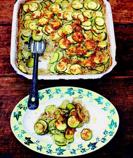 Jamie Olivers zucchinigratäng | Recept.nu