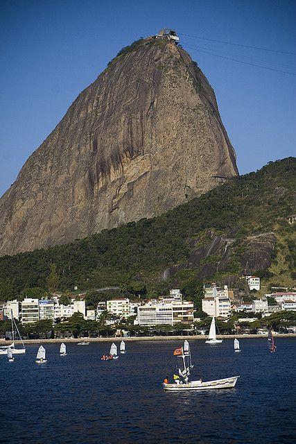 Sugar loaf, Rio de Janeiro, Brasil by Melissa Toledo