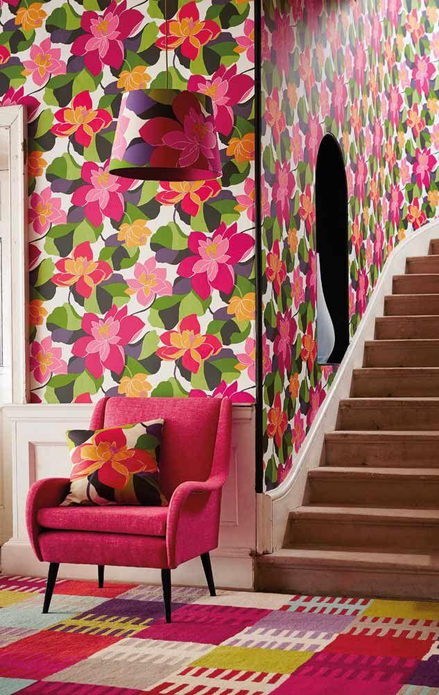 Inspirerande hall med tapet från kollektionen Wabi Sabi 110860. Klicka för att se fler fina tapeter för ditt hem!