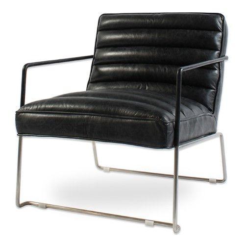 Leren vintage fauteuil in de kleur zwart.