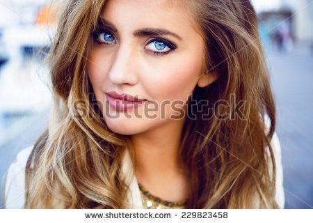Стоковые фотографии и изображения портрет | Shutterstock