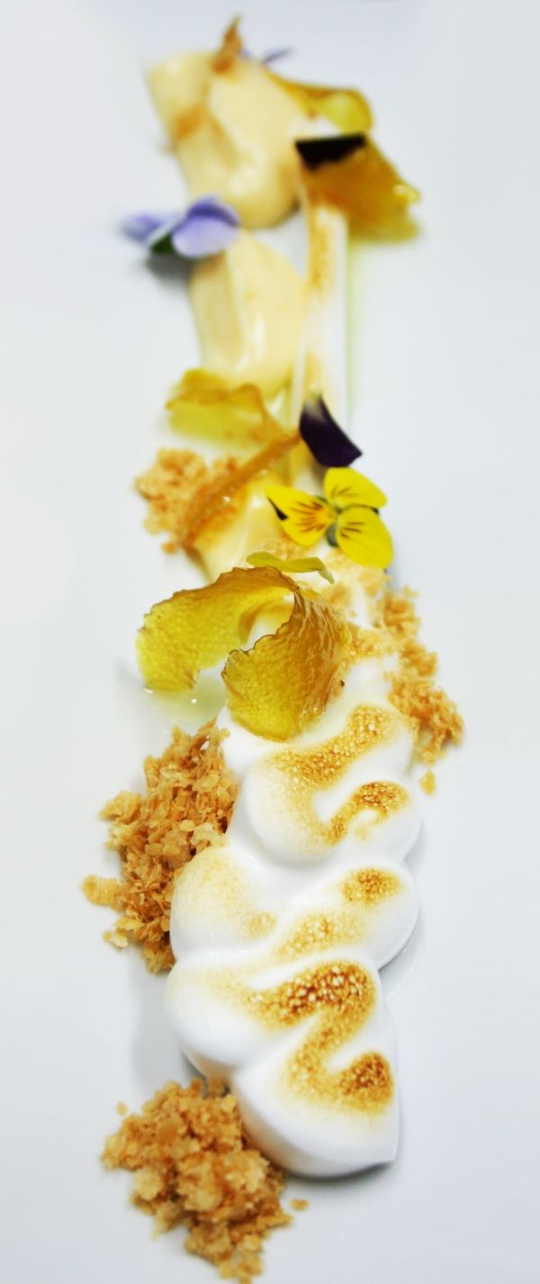 Lemon Pie: meringue, lemon cream, puff pastry and caramelized lemon peel with its syrup. - The ChefsTalk Project