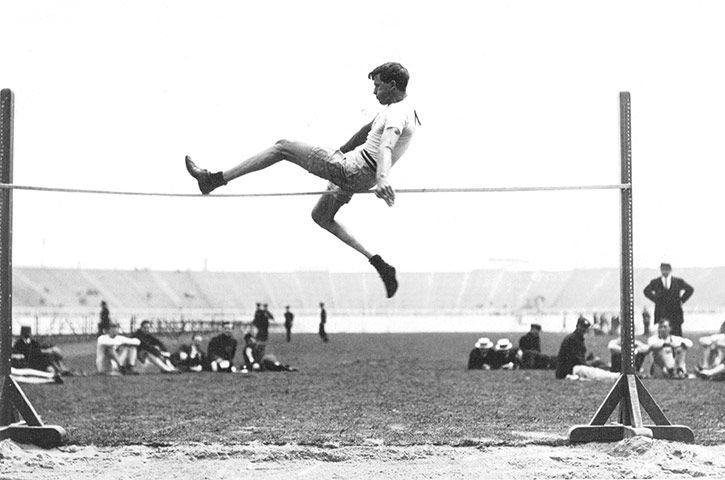 Les JO de Londres en 1908 (Ray Ewry, saut en hauteur)
