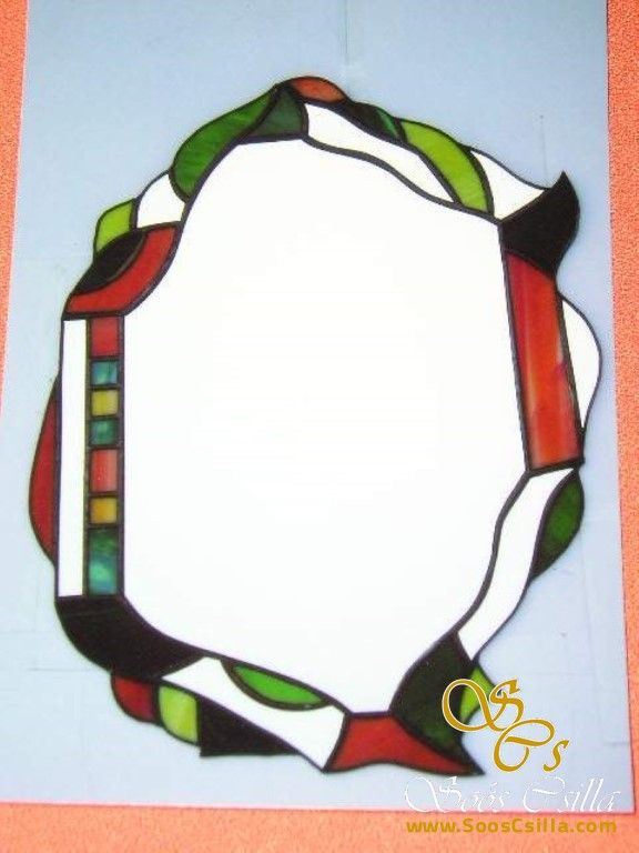 Színes ólomüveg tükör ajándék  http://hu.sooscsilla.com/olomuveg-ajandektargyak/ http://hu.sooscsilla.com/portfolio/tukor-ajandektargy-szines-olomuveg/