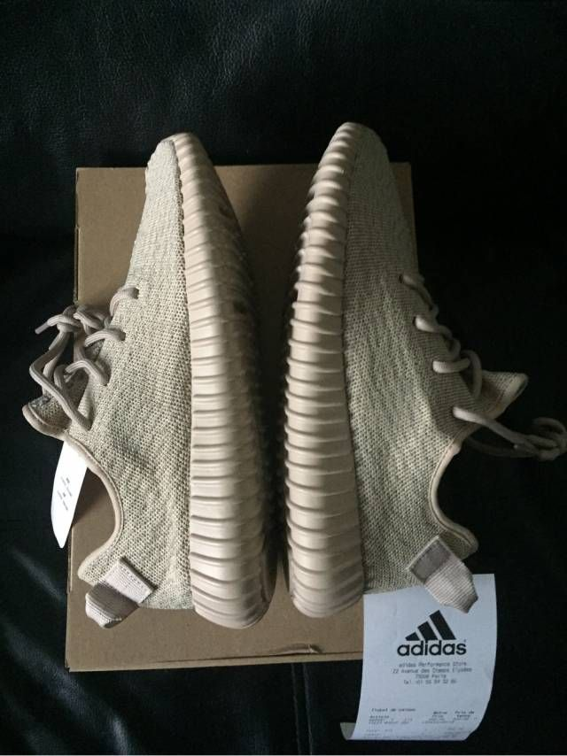 Adidas Yeezy Boost 350 - Oxford Tan - AQ2661 Size: US8.5 Shoes are DEADSTOCK / UNWORN Listing includes: Pair of brand new unworn Adidas Yeezy Boost 350 - Oxford Tan Size 8.5 Original Yeezy shoe box Shipping includes: Extra box surrounding the shoe box and shoes Additional packing supplies for protecting shoes Insurance of full value Ships within 1