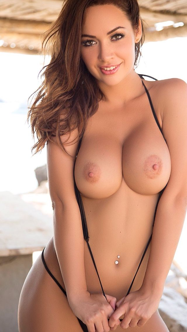 hot brunette babes naked