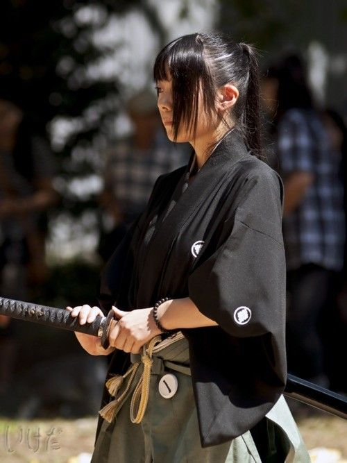 Samurai code, way of warrior    The Bushidō code's typified by 7-8 virtues:    Rectitude (義 gi?)  Courage (勇氣 yūki)  Benevolence (仁 jin)  Respect (禮 rei)  Honesty (誠 makoto)  Honour (名誉 meiyo)  Loyalty (忠義 chūgi)    Associated virtues  Filial piety (孝 kō)  Wisdom (智 chi)  Care for the aged (悌 tei)  http://www.artofmanliness.com/2008/09/14/the-bushido-code-the-eight-virtues-of-the-samurai/    http://www.youtube.com/watch?v=oRrckyRrG20 last samurai    stance for motherhood  gladstone4?
