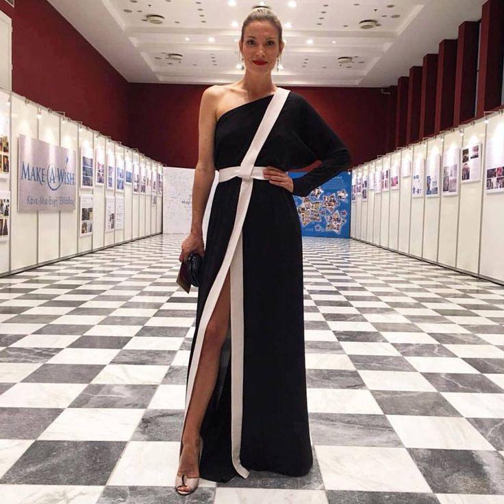 Vicky Kaya in One Shoulder Dress by Stelios Koudounaris at Make A Wish Greece gala. Find the look at Xamam - www.xamamclothes.com #xamamphilosophytowear #stelioskoudounaris #vickykaya #blackandwhite #longdress #maxidress #fashion #fashionicon #celebritieswear #chania #makeawish #oneshoulderdress