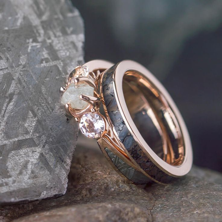 Rose Gold Ring Set, Three Stone Meteorite Engagement Ring And Fossil Wedding Band-2533