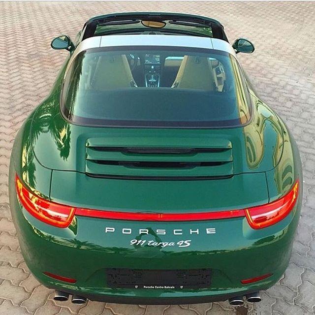 Porsche Targa 4S in Irish Green!