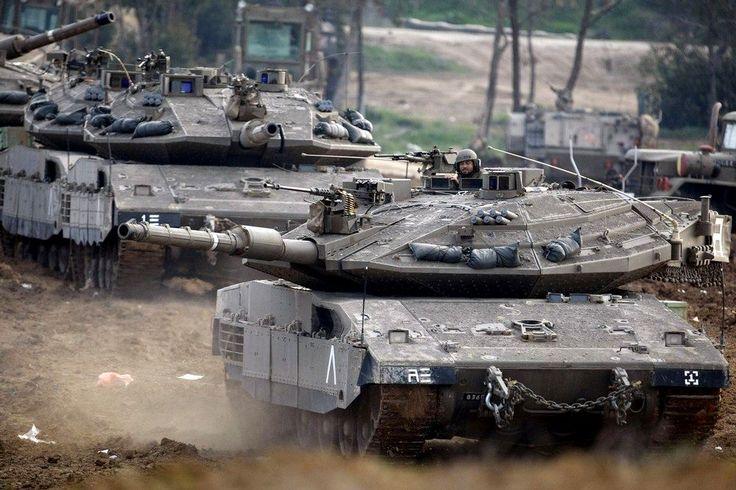 Merkava Mk 4 tanks are going to action