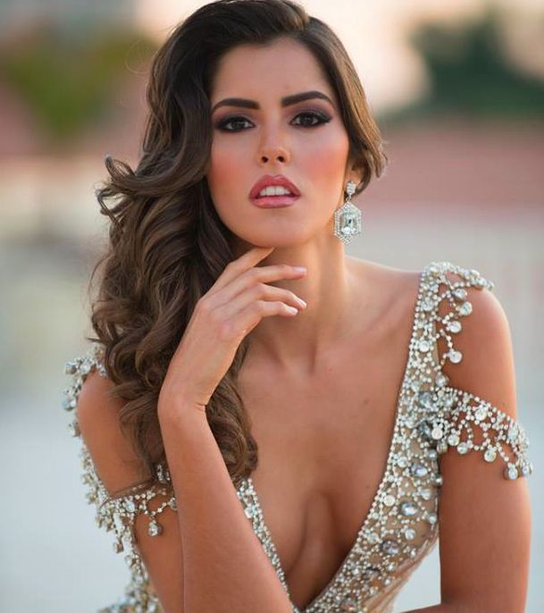 Official Picture of Miss Colombia, Paulina Vega. #RoadToMissUniverse