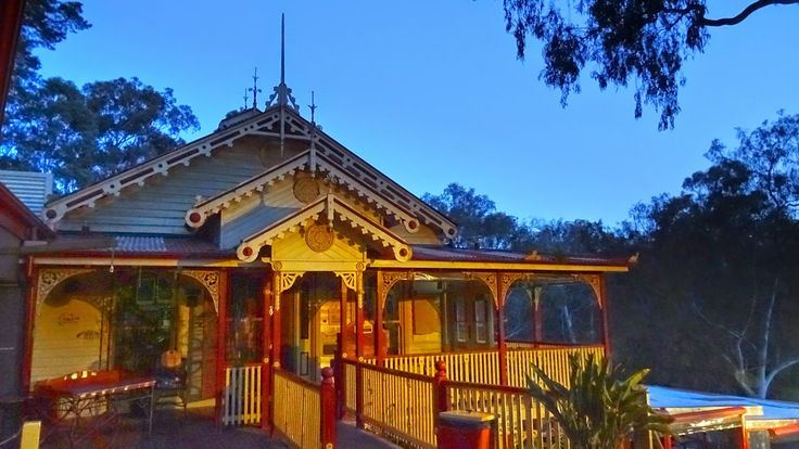 Fairfield Boathouse in Melbourne