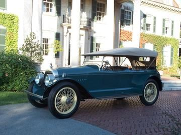 1916 Cunningham Model V-1 Touring - Cunningham was a manufacturer of high quality carriages and sleighs at the turn of the last century in Rochester, NY. By 1908 they were producing cars. This car is the first year of Cunningham's 442 cid, 45hp, V8 engine. In 1928 Cunningham went into aircraft production and ceased making automobiles by 1931, though they made bodies for other auto manufacturers until 1936.