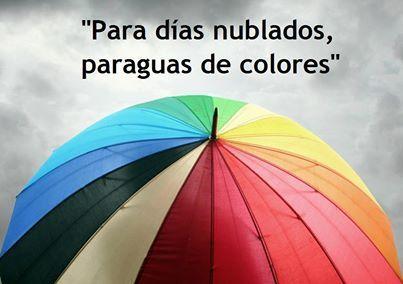 Para días nublados... ¡Paraguas de colores! #buenosdias #felizsabado www.conideade.com