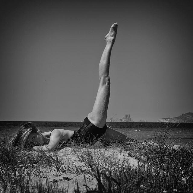 #art#photography#bwphotography#romeljaneski #ibiza#formentera#tanga#beach thank you @michalskiw janeski.ch pro equipped by GraphicArt AG since1997