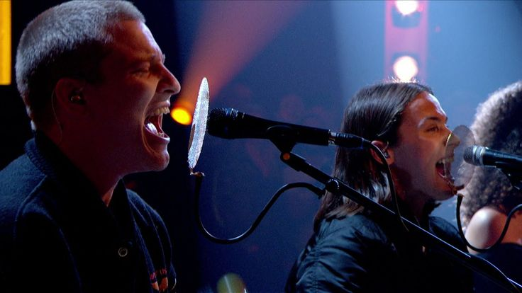 Jungle - Busy Earnin' - Later... with Jools Holland - BBC TwoSee more at http://www.bbc.co.uk/later Jungle perform Busy Earnin' on Later... with Jools Holland, BBC Two (16th September 2014)