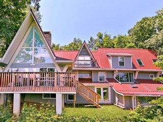 Gatlinburg's Largest Private Chalet (Great Value!)Vacation Rental in Gatlinburg from @homeaway! #vacation #rental #travel #homeaway
