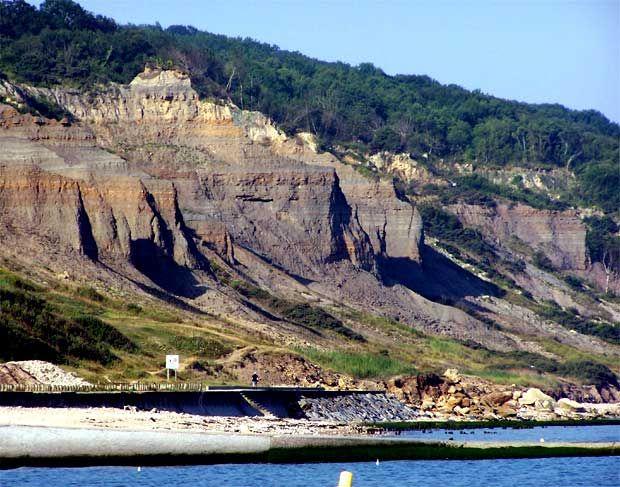 VILLERS-SUR-MER (14 - CALVADOS), La plage nature ... Connaissez vous les falaises des vaches noires ??? à découvrior lors de votre séjour en Gîte au Domaine du Martinaa www.martinaa.fr