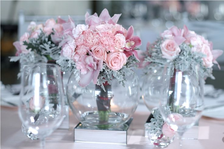 Guest table with Pink bouquet 1 by Tirtha Bridal Uluwatu Bali