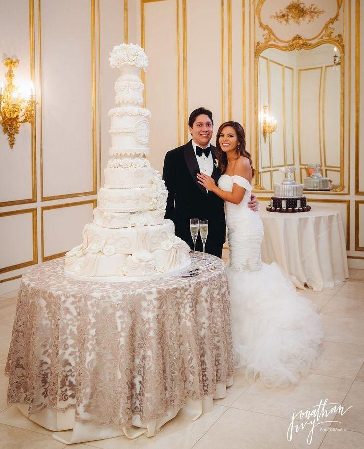 Edible Designs by Jessie Tall Wedding Cake