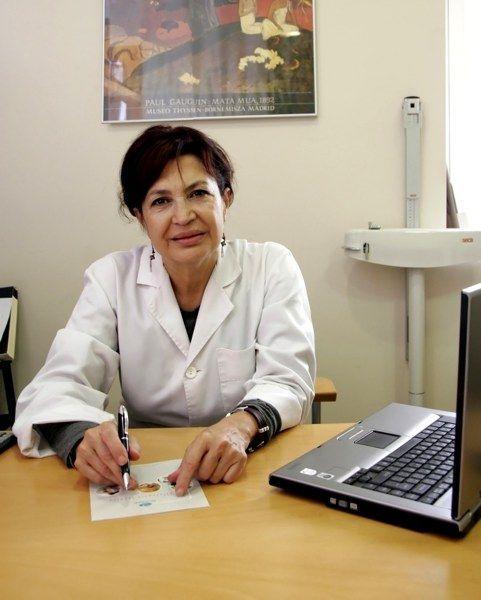 Pelucas oncológicas contra el desánimo al perder pelo por la quimioterapia. http://www.generacionnatura.org/noticias-positivas/salud/919-pelucas-oncologicas.html