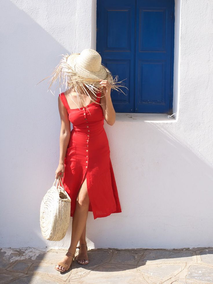 A Pair and a Spare  |  Guide to Mykonos