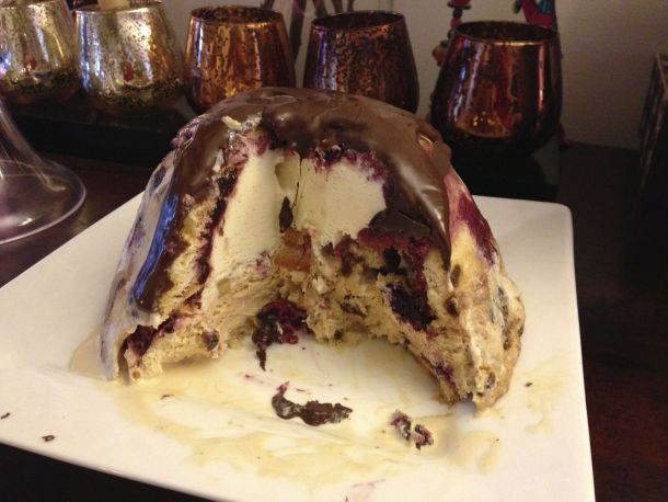 Jamie Oliver Christmas Pudding Bombe | The Quirk and the Cool
