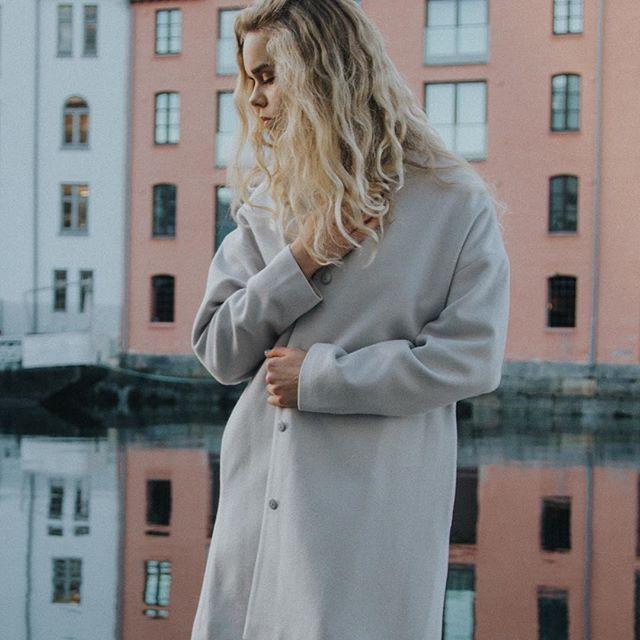 As winter slowly turns to spring. - Pil Jacket balances the unpredictable temperature of this season #arvdesign #piljacket