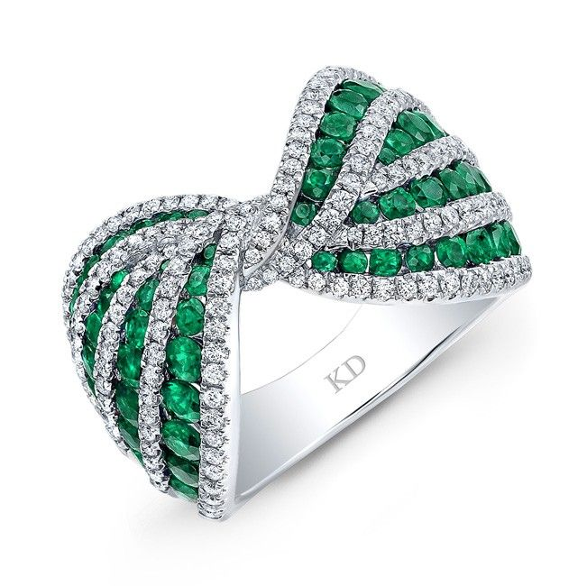 HIGH QUALITY NATURAL COLOR 18K WHITE GOLD ROUND EMERALD BOW TIE DIAMOND BAND COMPLEMENTED WITH ROUND WHITE DIAMONDS, FEATURES 2.73 CARAT TOTAL WEIGHT