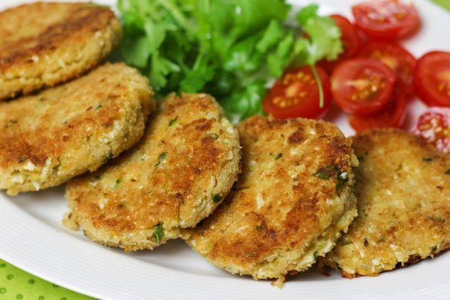 Kotlety Z Kalafiora I Cieciorki M M Cooking Culinary Recipes Cooking Healthy Recipes