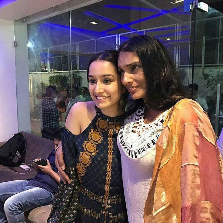 """When Aashiqui 2 girl met the original Aashiqui girl Anu Aggarwal! . Anu Aggarwal met with an…"""
